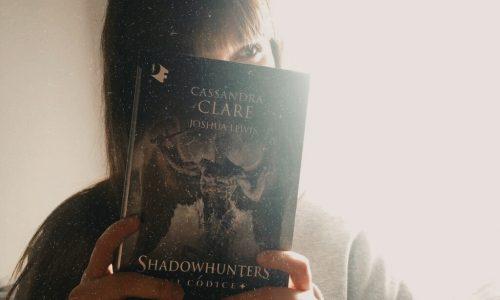 Recensione: Shadowhunters – Il Codice di C. Clare e J. Lewis