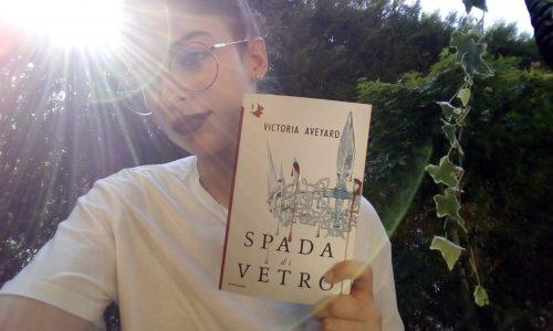 Recensione: Spada di Vetro di Victoria Aveyard